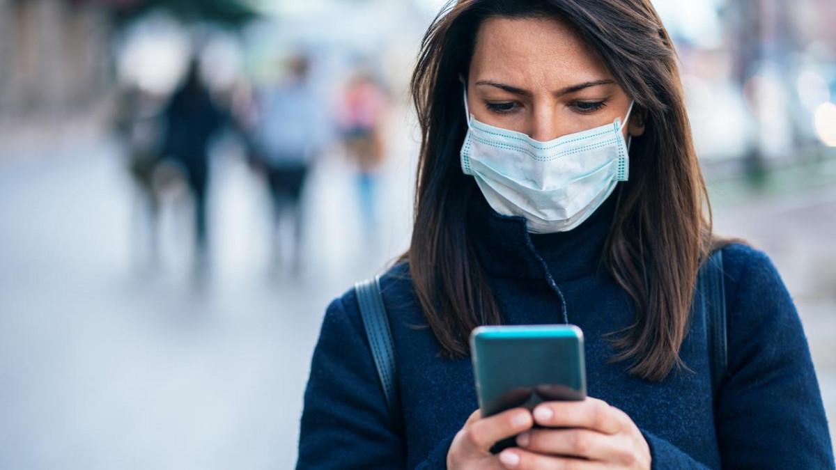 Cetățenii din Sibiu pot raporta Poliției pe Whatsapp