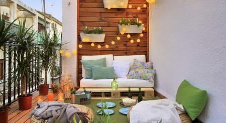 Balconul – zona de liniște si relaxare, a casei tale. Ce decorațiuni alegem?