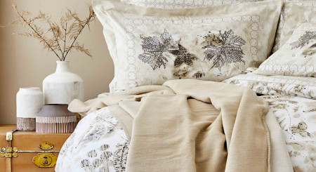Cum să faci din dormitorul tău, un loc echilbrat și liniștit în 10 pași.