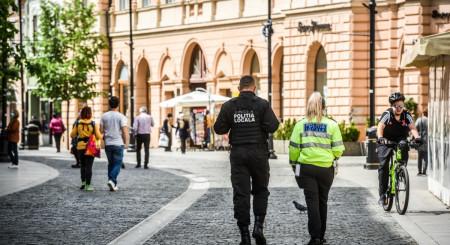 Cetățenii din Sibiu pot raporta Poliției cazurile care nu respectă regulile COVID-19 direct pe Whatsapp