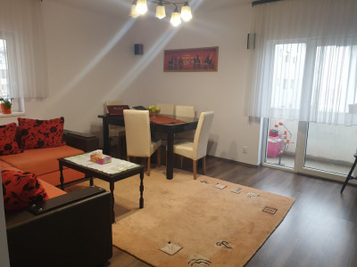 Apartament 3 camere 3 balcoane de vanzare Sibiu zona Calea Cisnadiei