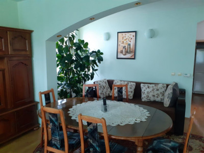 Casa individuala 170 mp de inchiriat garaj terasa zona Tilisca Sibiu