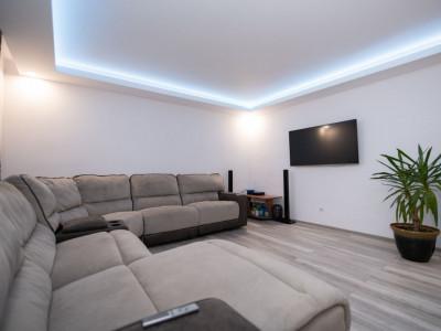 Apartament 94 mp utili cu balcon si parcare in Selimbar zona Triajului