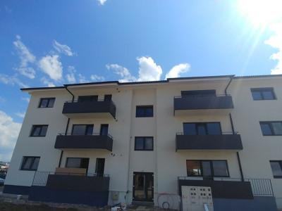Apartament cu 3 camere si gradina de vanzare in Selimbar Comision 0