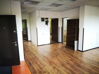 Spatiu birouri de inchiriat 180 mp utili parcare Sibiu Trei Stejari