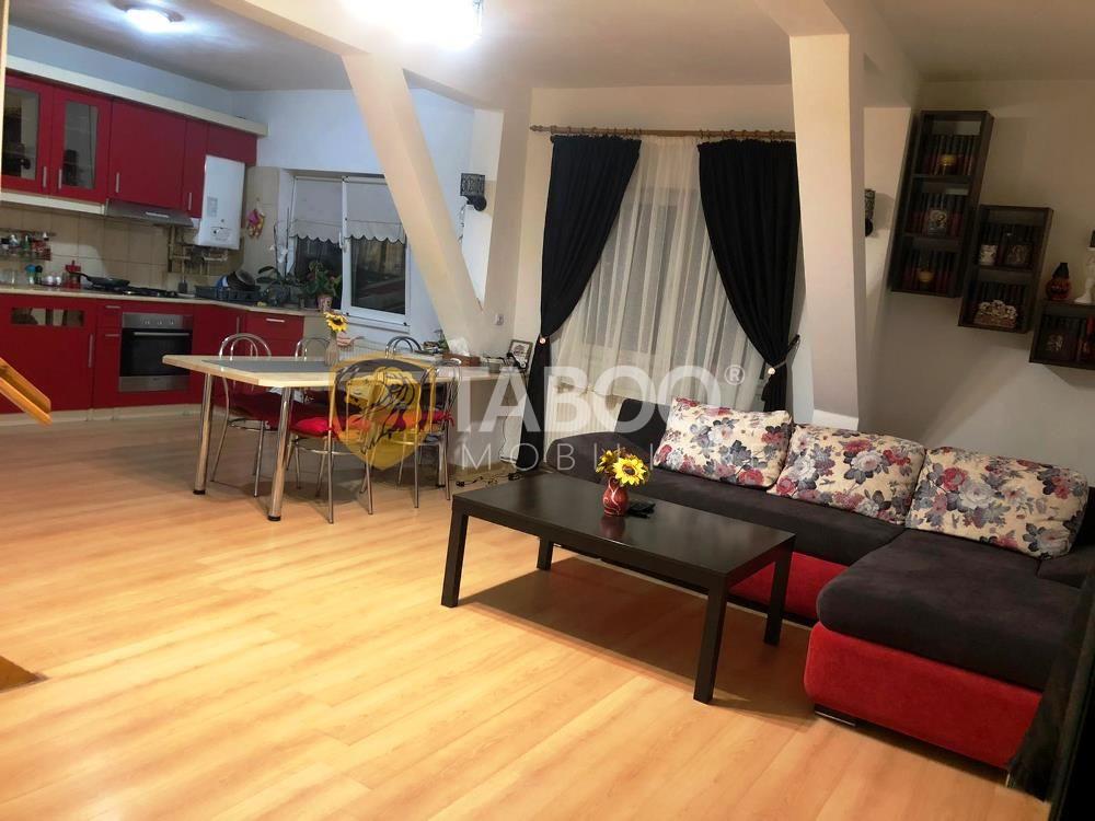 Apartament la mansardă de vânzare în zona Vasile Aaron Sibiu 1