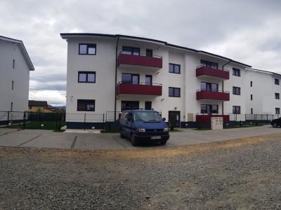 Apartament cu 3 camere la cheie de vanzare
