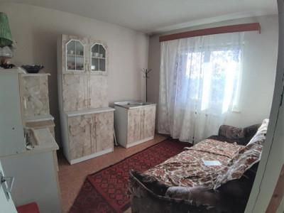 Apartament spatios cu 3 camere si 2 balcoane in Sibiu zona Turnisor