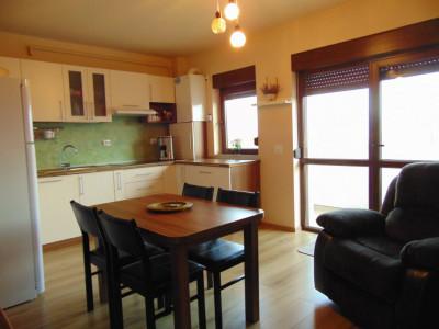Apartament 3 camere 65 mp de vanzare zona Doamna Stanca