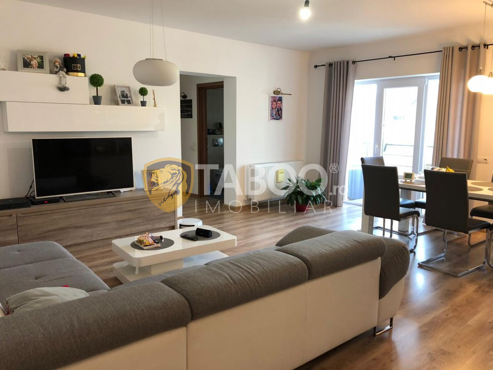 Apartament de vanzare 3 camere 74 mp utili etaj 2 zona Selimbar 1