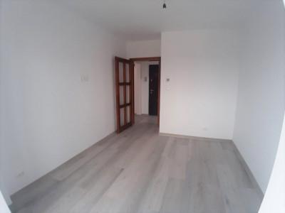 Apartament cu 4 camere de vanzare zona Strand Sibiu