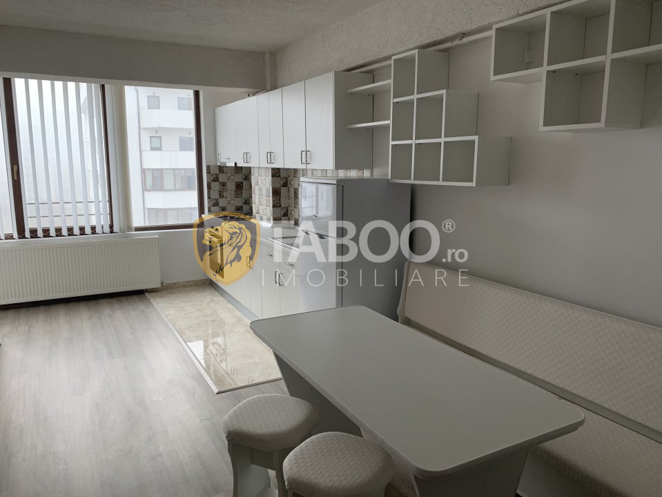 Apartament 2 camere de vanzare etajul 7 zona Doamna Stanca in Sibiu 2