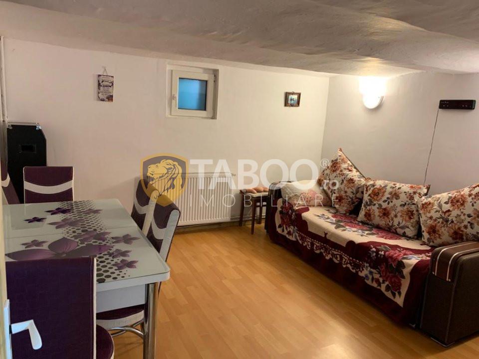 Casa individuala Sibiu 95 mp utili 4 camere + curte zona Lupeni 1