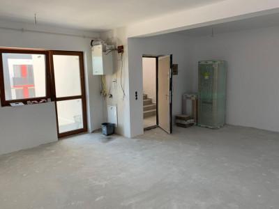 Apartament 2 camere 52 mp de vanzare in zona Calea Cisnadiei