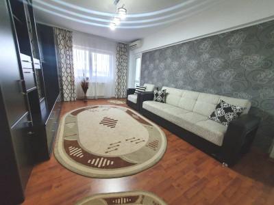 Apartament de vanzare 3 camere decomandate balcon zona Lazaret Sibiu