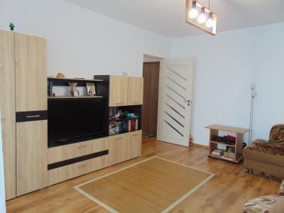Apartament 2 camere decomandate 50 mp utili in Selimbar zona Brana