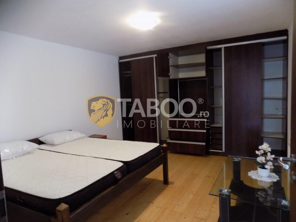 Apartament cu 2 camere de inchiriat la casa zona Piata Cluj in Sibiu 1