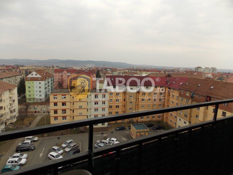 Apartament cu 3 camere de vanzare in Sibiu zona Mihai Viteazu 8