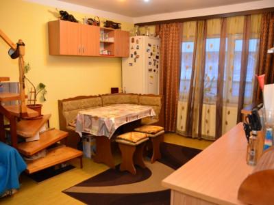 Apartament 2 camere si pod de 27 mp Sibiu zona Broscarie