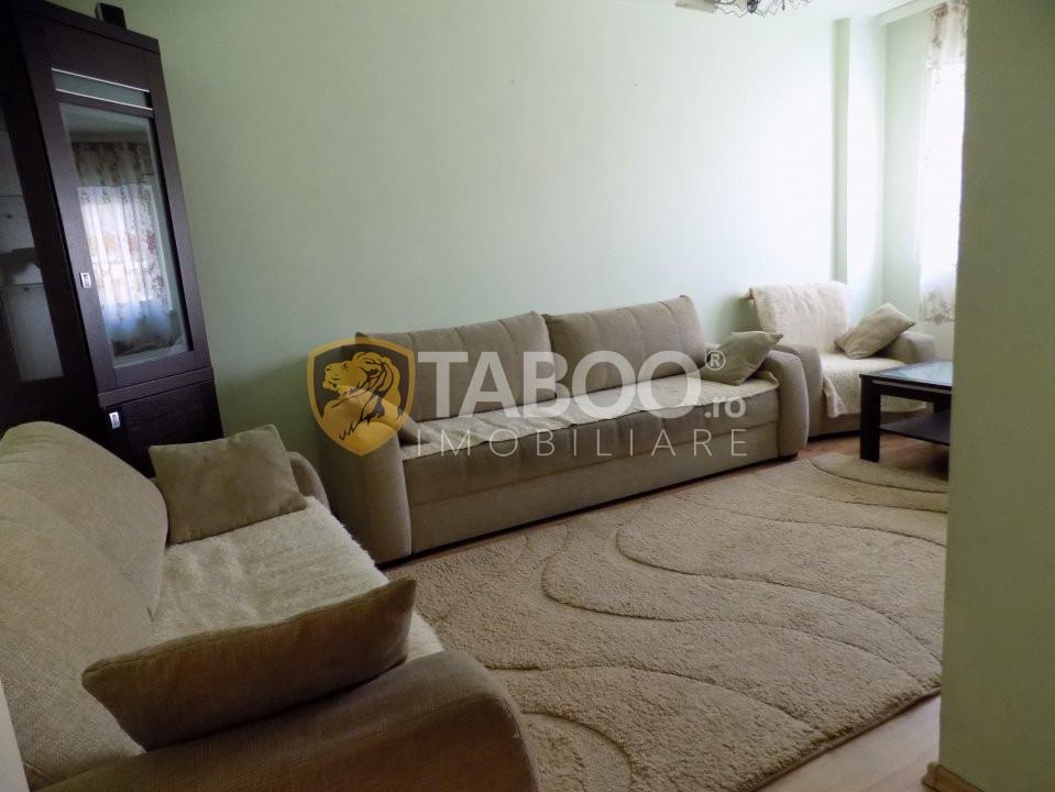 Apartament cu 3 camere de inchiriat in Sibiu zona Terezian 1