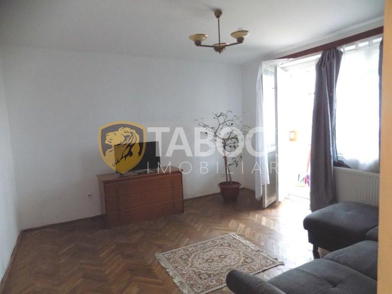 Apartament cu 3 camere de inchiriat in Sibiu zona Mihai Viteazu 2