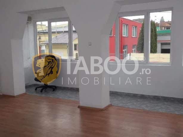 Spatiu birouri 41 mp acces separat de inchiriat in Sibiu zona Centrala 1