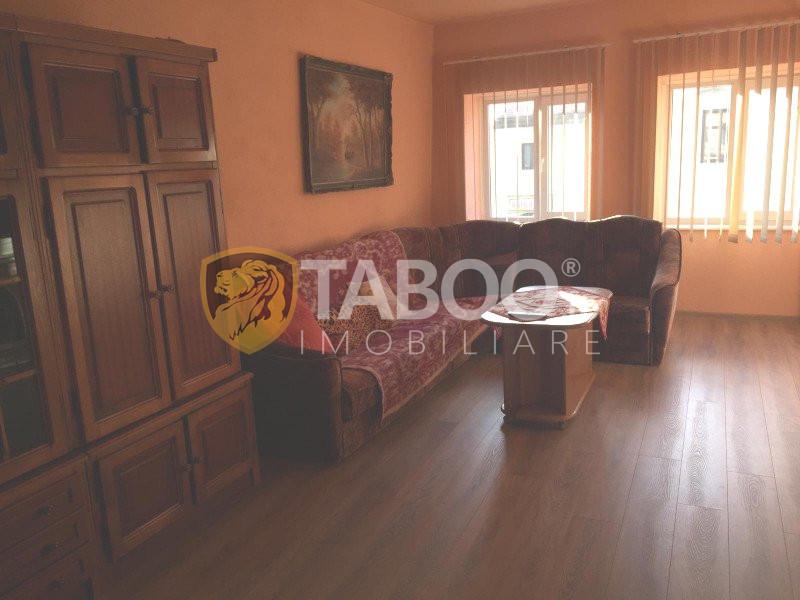 Apartament de inchiriat in Sibiu cu 3 camere zona Orasul de Jos 1