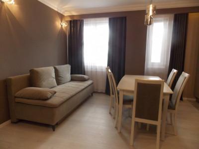 Apartament modern cu 3 camere de inchiriat zona Gusterita in Sibiu