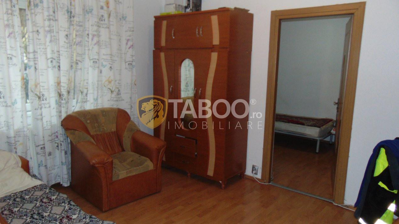 Apartament 2 camere parter 36 mp utili de vanzare Vasile Aaron Sibiu 1