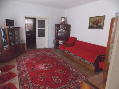 Casa cu 2 camere de inchiriat in Sibiu zona Lazaret