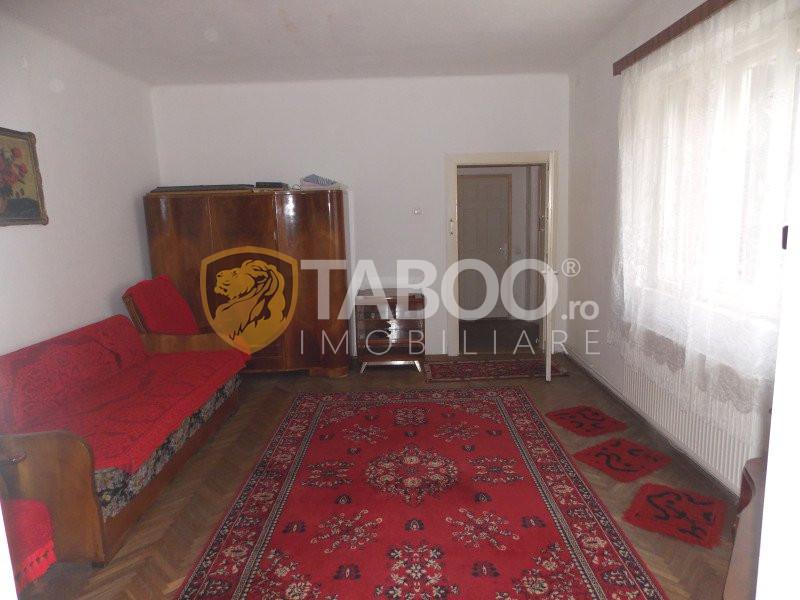 Casa tip duplex cu 2 camere de vanzare in Sibiu zona Lazaret 1