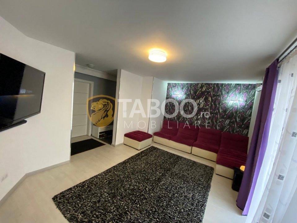 Apartament 3 camere de vanzare zona Pictor Brana in Selimbar 1