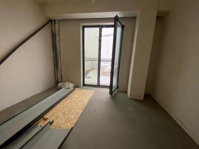 Apartament 3 camere 67 mp si terasa 69 mp de vanzare Sibiu Turnisor
