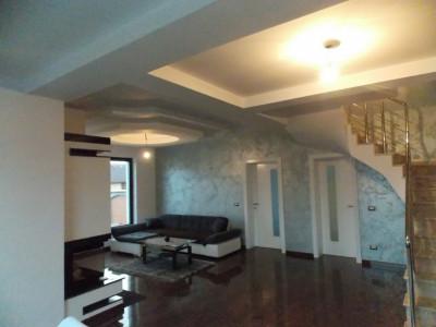 Casa de vanzare 5 camere pivnita si garaj zona Calea Cisnadiei Sibiu