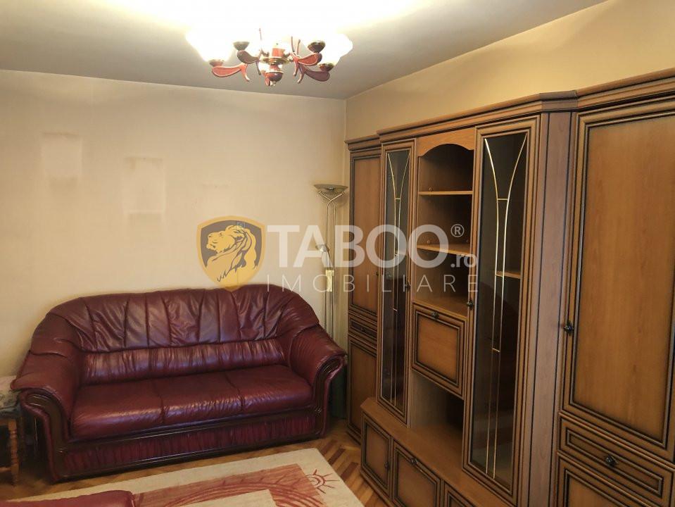 Apartament cu 3 camere de inchiriat in zona Centrala Sibiu 1