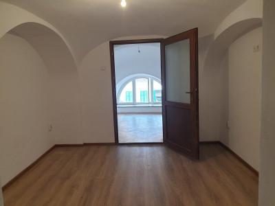 Apartament 2 camere de vanzare in Sibiu zona Orasul de Jos