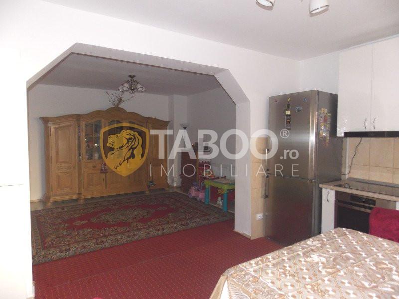 Casa individuala 5 camere si 198 mp teren zona Trei Stejari in Sibiu 1
