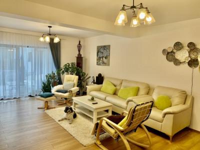 Casa de lux tip duplex complet mobilata si utilata in Selimbar