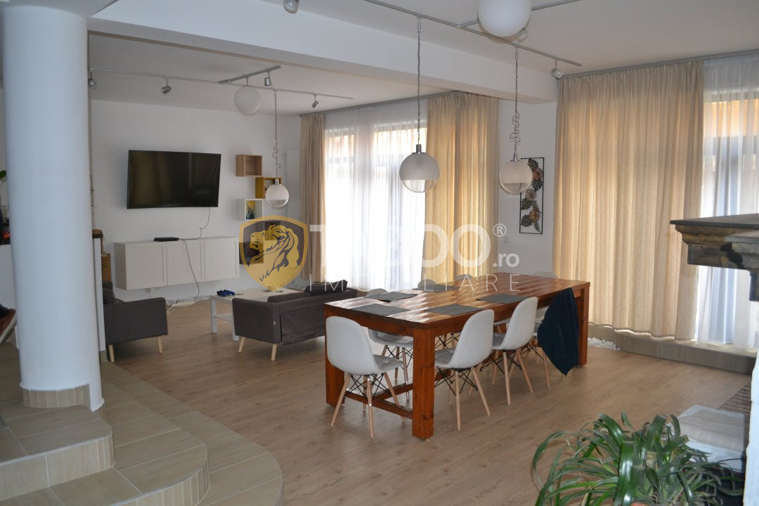 Casa de vanzare cu 9 camere in zona Strand din Sibiu 1