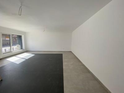Apartament 3 camere 60 mp utili de vanzare zona centrala in Cisnadie