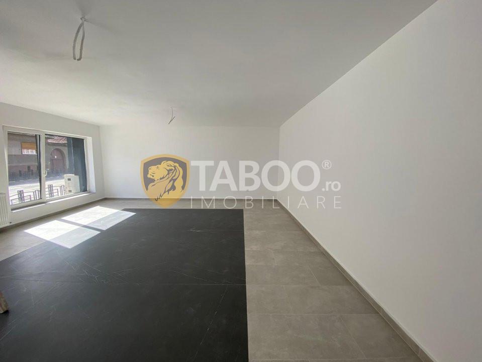 Apartament 3 camere 60 mp utili de vanzare zona centrala in Cisnadie 1