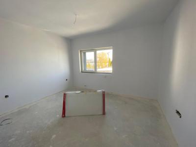 Apartament cu 3 camere 54 mp utili zona centrala Cisnadie