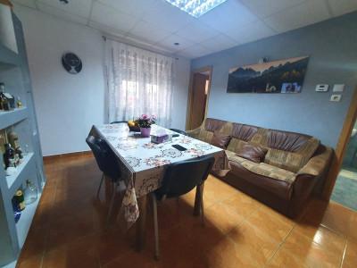 Apartament cu 4 camere si balcon de vanzare in zona Veterani Sibiu