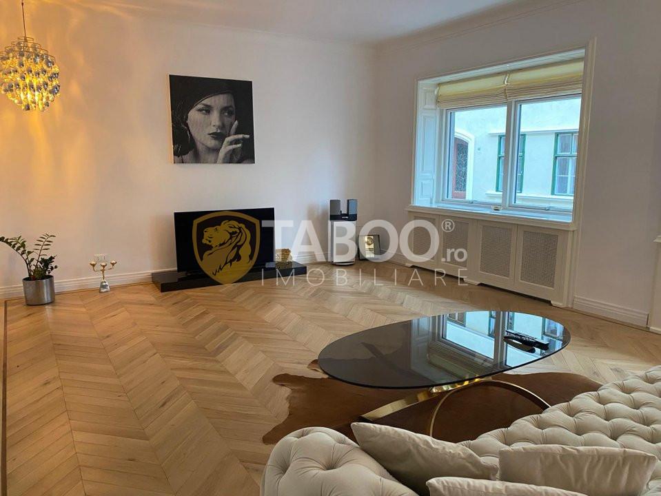 Apartament de lux de inchiriat cu 3 camere in zona Centrala din Sibiu 1