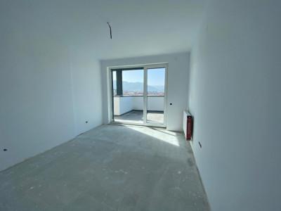 Apartament 3 camere de vanzare decomandat total zona centrala Cisnadie