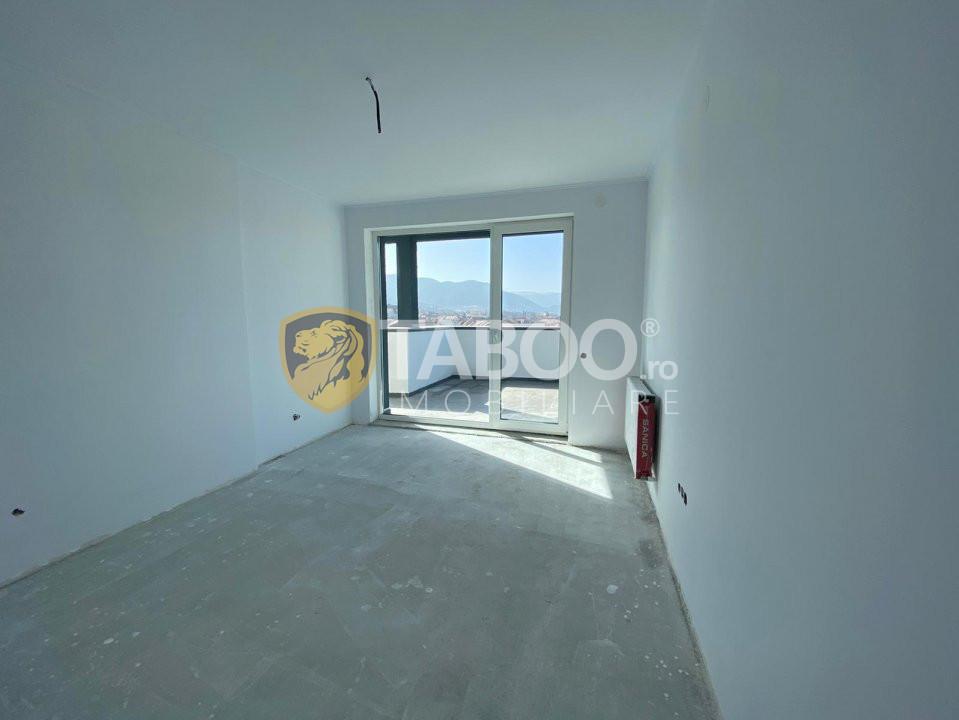 Apartament 3 camere de vanzare decomandat total zona centrala Cisnadie 1