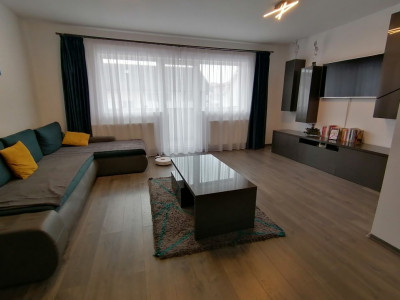 De vanzare apartament 3 camere 78 mp utili zona Selimbar Sibiu