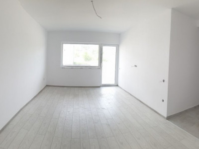 Apartament de vanzare 2 camere decomandate la parter in Selimbar