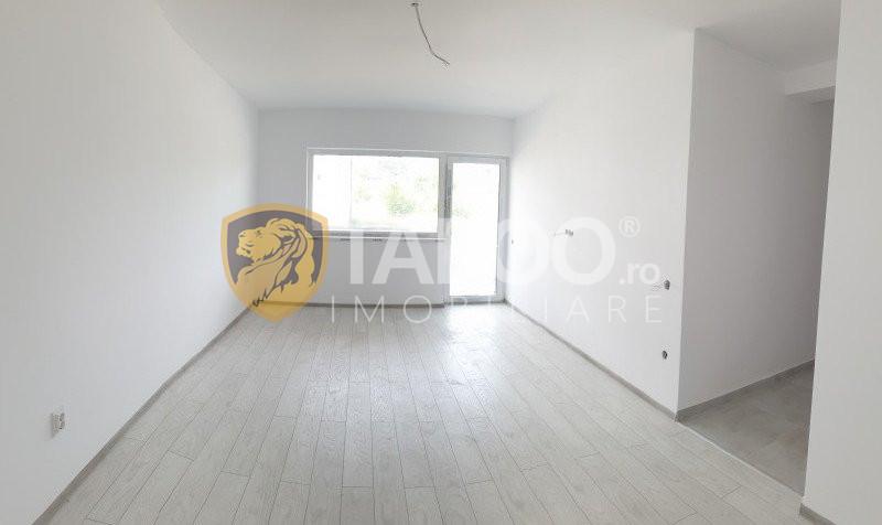 Apartament de vanzare 2 camere decomandate la parter in Selimbar 1