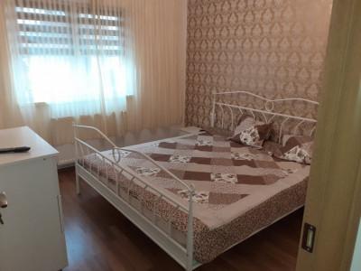 Apartament la parter de inchiriat 3 camere 68 mp pivnita Strand Sibiu
